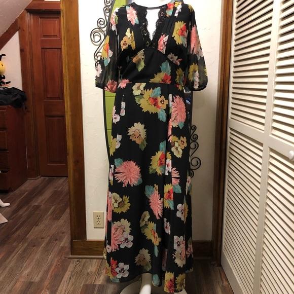 eshakti Dresses & Skirts - New eShatki Big Blooms 18W